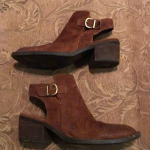 Born Women's Booties 8 M Ankle Boot